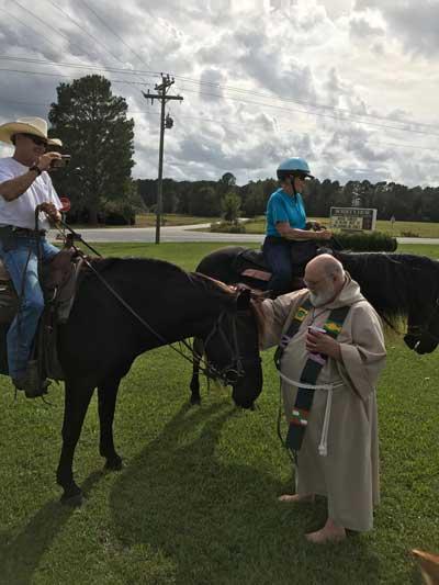 The McKennas Horse to Church Burgaw NC