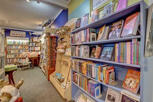 Topsail NC Quartermoon Bookstore