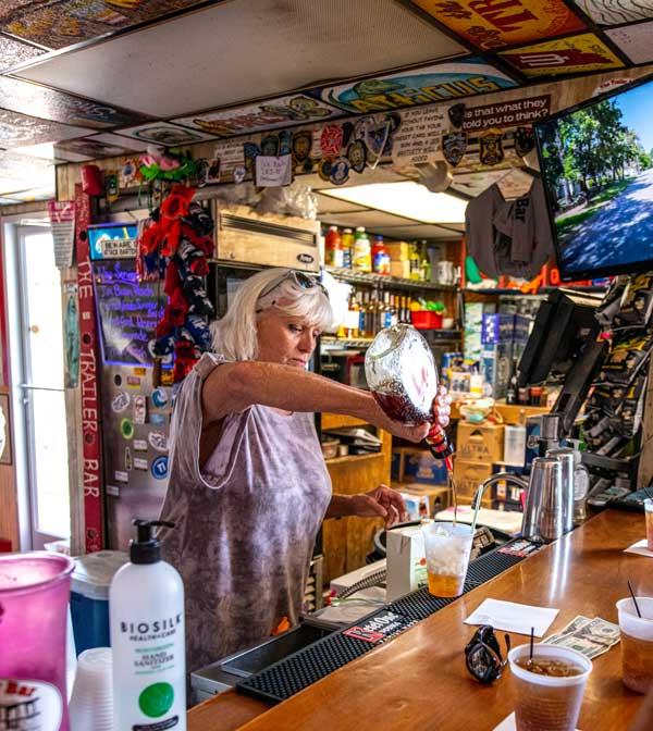 Bartender The Trailer Bar Topsail NC